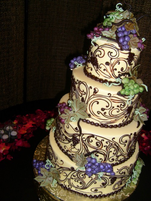 wedding cakes in vineyard wine themed wedding my wedding bag 24569