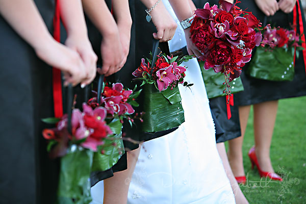 What Flowers Do I Need For My Wedding: Bouquet Alternatives